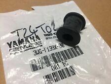 Yamaha 2JW-F7114-10 YQ50 YP125 CS50 VP300 YP250 VP125 CW50 EW50 butée béquille