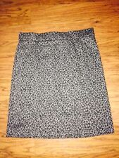 MUST SEE!!  KIM ROGERS BLACK & GRAY LEOPARD PRINT PENCIL SKIRT!!  SIZE LARGE