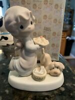 Precious Moments Figurine Dropping Over For Christmas Pie Dog E-2375