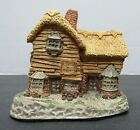 "David Winter ""The Village Shop"" 1982 Handmade w/ Original Box w/ COA"