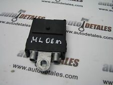 Mercedes ML GL-Class W164 X164 antenna amplifier A1648201689 used 2006