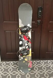 "Ride Snowboard Switch Lowride 35 with Clicker K2 bindings 52"" Long Gray Preowned"