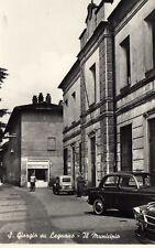 San Giorgio in Legnano - Milano - municipio e auto fiat familiare