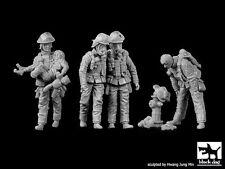 Black Dog 1/35 Firemen Big Set No.2 Firefighters Firefighting (4 Figures) F35166