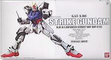 Bandai 131413 1:60 Strike Gundam (PG)
