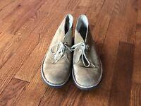 Women's Clarks Originals Tan Suede Desert Chukka Ankle Boots Size 6