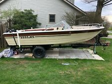 1975 MFG Caprice 17 Royal Foot Outboard Boat