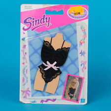 Carded 1989 Vintage Hasbro Sindy outfit Dreamtime Collection Romantique black