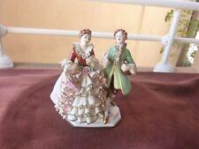 couple porcelaine de Saxe,signature à la couronne,années 50,H 14cm,L 11cm