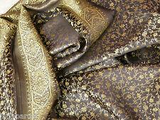 Sari noir et doré en soie