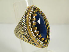 RING:  SIZE 7.5,  VICTORIAN STYLE BLUE SAPPHIRE MARQUISE WHITE TOPAZ WHITE GO