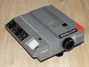 Diaprojektor Reflecta Hobby Leine Diamator AF 2006 MC-IR mit AGOMAR 2,4/90mm. MC
