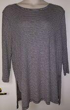 Size XXL Old Navy Black & White Stripe 3/4 Sleeve Knit Top