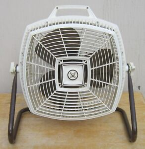 Vintage SEARS Tri-Speed CRADLE FLOOR FAN model 758.805801 ATOMIC Works great!