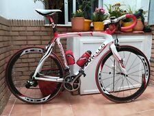 Bicicleta Pinarello FP3, talla 56, pintada a mano en Artenruta