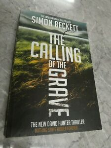 The Calling of the Grave by Simon Beckett (Paperback) GM6a