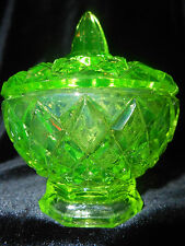 Green Vaseline glass diamond pattern Candy dish uranium sugar bowl yellow canary