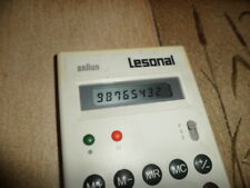 Taschenrechner Calculator Braun AG Typ 4835 Lesonal weiss mit huelle schmutzig