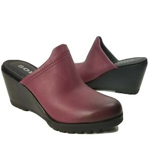 Sorel Women clogs mules After Hours burgundy Leather Mules wedge slide 8.5 39.5