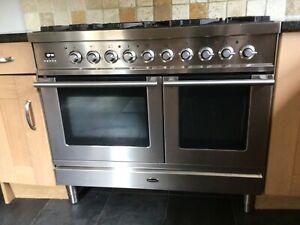 Britannia range oven, dual fuel, 100cm, double oven, 6 rings, 100cm hood.