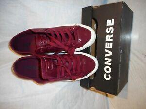 N/W/B Converse Unisex Women Dark Burgandy Sneakers Color US Size 8
