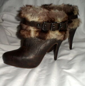 Call It Spring - Women's Ankle Boots Brown Faux Leather & Fur Trim Size 9 - NWOT