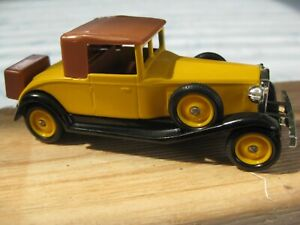 Days Gone Rolls Royce Playboy Coupe in Yellow
