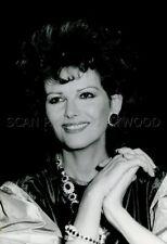 CLAUDIA CARDINALE  1983 VINTAGE PHOTO ORIGINAL