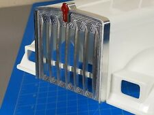 Aluminium Front Grill Guard + 1.7cm KW Logo Emblem Tamiya R/C King Grand Hauler
