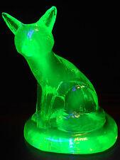 Green Vaseline glass Sly Fox Figurine / uranium yellow paperweight animal canary