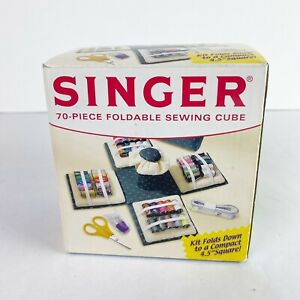 Singer Sewing Cube Foldable 70 Piece Sewing Kit Travel Portable Tread Scissors