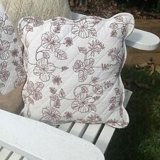 Sahara quilted cushion cover with scalloped edging country style