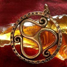Triskel 2 amuleto bronce Celtic celtas LARP Wicca Gothic