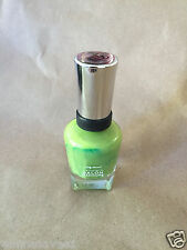 SALLY HANSEN COMPLETE SALON MANICURE #430 GRASS SLIPPER NAIL POLISH