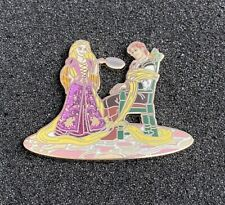 Disney Expo 2017 DS Tangled Rapunzel and Flynn Designer Collection LE 1000 Pin