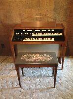 Antique Hammond Electric Organ, Model L-112A, 117 Volts AC, 150 Watts, 60 Cycles