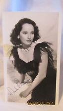 VINTAGE MERLE OBERON AUTOGRAPHED PHOTO 1945