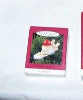 HALLMARK KEEPSAKE CHRISTMAS ORNAMENT HOME FOR CHRISTMAS 1993,  USED WITH BOX