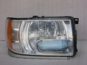 2001-2003 Infiniti QX4 Headlight Headlamp Right Passenger Side OEM USED
