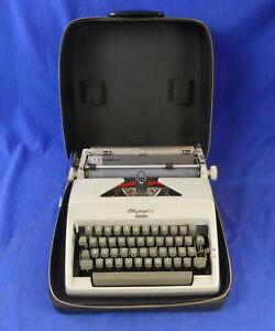 Olympia Monica  - Schreibmaschine - typewriter - Samml. Heilbronn - 2695