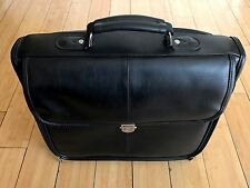 "Pre-Owned Targus 14"" Black Laptop Bag Briefcase In VG Plus Condition."