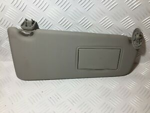 #923_FORD FOCUS CMAX RIGHT SIDE SUN VISOR