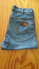 Wrangler Regular Size Classic Fit, Straight Jeans for Men