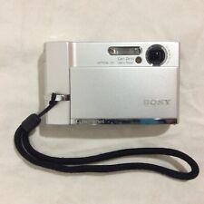 "Sony DSC-T30 Cybershot 3.0"" Hybrid LCD Monitor 7.2MP Digital Camera"
