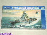 Trumpeter 05704 1/700 USSR Kiev Aircraft Carrier hot