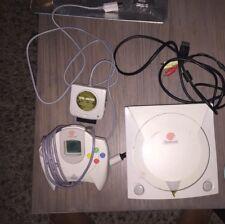 Sega Dreamcast White 1 AV Cable 1 Controller 2 Memory Card