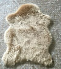 NEW PELT SHAPE BEIGE COLOUR FAUX FUR SHEEP SKIN RUG 70CM X 100CM