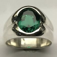 MJG STERLING SILVER MEN'S RING. 12 x 10mm OVAL FACETED NANO EMERALD. SIZE 10.