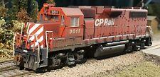 ATLAS - HO Scale - Canadian Pacific (CP Rail) GP38AC #3011 - Custom Weathered
