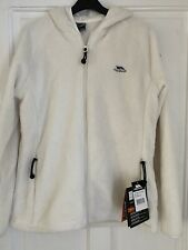 BNWT Softest Cream Trespass Fleece - Size Large